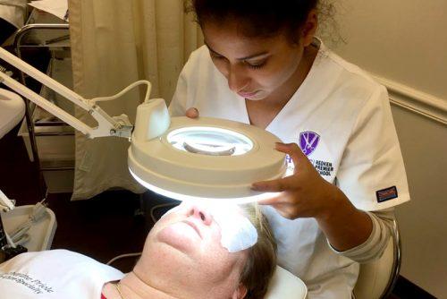 skin care under lamp 3